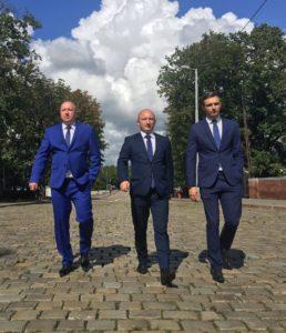 Адвокаты Борис Грозный, Евгений Русакович и Александр Бурмистров
